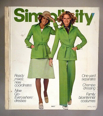 Simplicity Patterns CATALOG - 1975 ~~ Large Store Counter Book