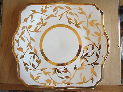 Myott Son & Co. hand painted 18 carat gold plate