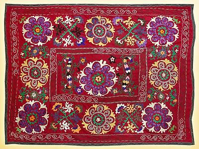 1950's UZBEK SILK HANDMADE SUZANI WITH MARVELLOUS DESIGN FROM SHAKHRISABZ A5730