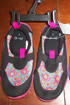 NEW Aqua Socks Water Beach Shoes TODDLER Girl L 9-10 Black Pink floral
