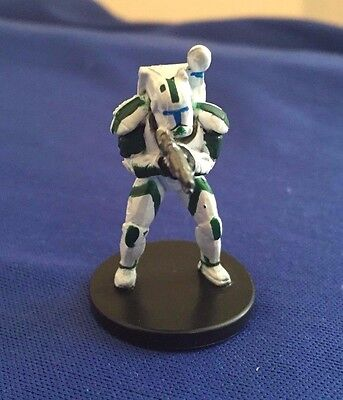 Star Wars Miniatures Champions of the Force #34/60 Republic Commando Fixer -NC