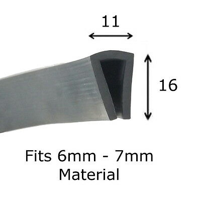 Small Leaf Fin Seal Rubber Extrusion Edge Trim 16mm x 7mm