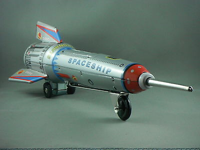 Tin Toy - Space Rocket, elevating action