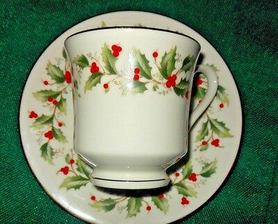 ROYAL GALLERY HOLLY CHRISTMAS Footed Cup and Saucer  ROYAL GALLERY 6283