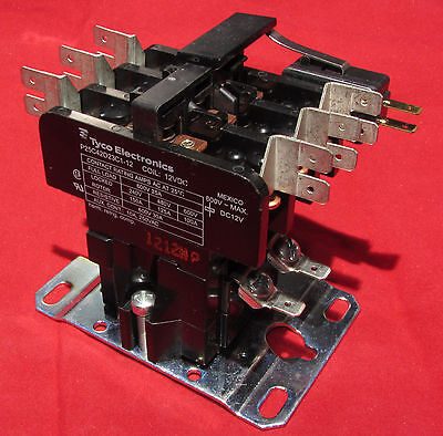 Tyco Contactor Relay - 12V DC Coil - 3PST Contacts @ 600V, 25A - Auxilary Switch