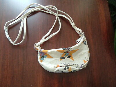 Vintage little girls Walt Disney shoulder bag.