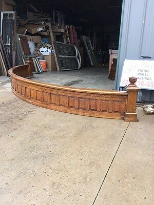Ca 2 Antique Oak Arch Railing With Urn Tops Raised Panel