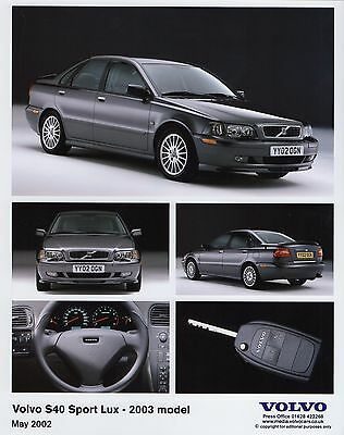 Volvo S40 Sport Lux Press Photograph - 2003 MY - Volvo S40 Classic