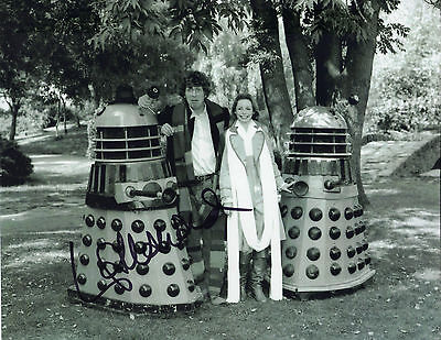 "STUNNING 10"" x 8"" B&W PHOTO ( COA ) SIGNED ""TTM"" BY LALLA WARD ""DOCTOR WHO"" FAME"