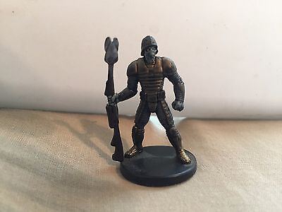 Star Wars Miniatures Clone Wars #29/40 Neimoidian Warrior - NC