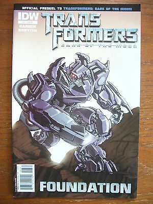 Transformers: Foundation # 3 (R1 Cover Variant, Apr 2011), Nm