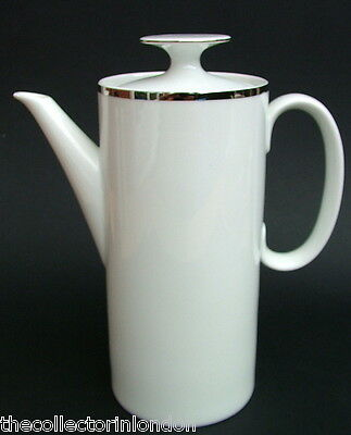 Thomas Medallion 4mm Wide Platinum Band 798 Pattern 2pt Coffee Pot & Lid in VGC