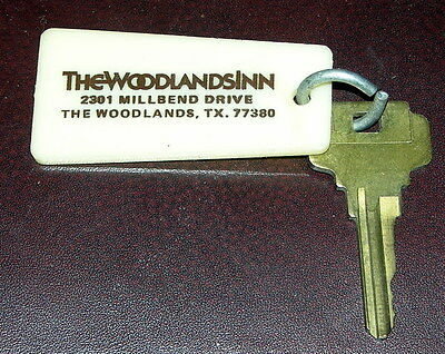 Vintage The Woodlands Inn  The Woodlands, TEX.  Hotel Motel Room Key & Fob