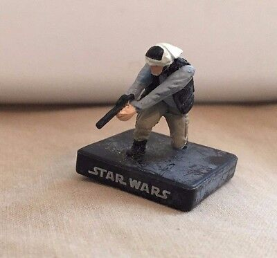 Star Wars Miniatures Alliance and Empire #21/60 Rebel Trooper - NC