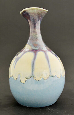 "Hand Made Color Glaze Pottery Vase 5 1/2"" H x 3 1/2"" W GMD-29"