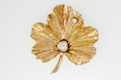 Natural Baroque Pearl & .08 Ct Diamond Nature Leaf Brooch 14 Kt Yellow Gold Pin