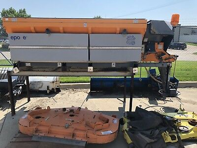 Epoke Igloo S2400 Salt Spreader w/ Saddle Tanks **Price Dropped**