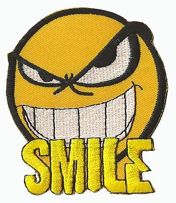 Ecusson brodé patche thermocollant Emoticon Smile angry patch embleme