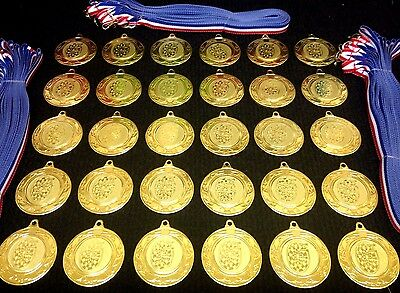 30x Darts Medals (40mm Gold Metal + Darts Centres) + Ribbons MM2112G