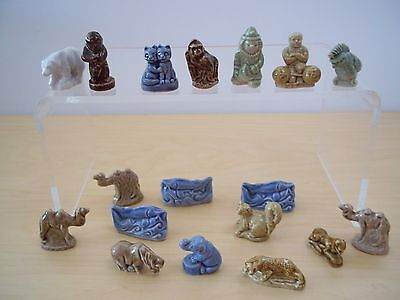 Lot 18 Vintage Wade Whimsies Porcelain Figurines Made in England - Excellent