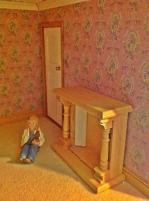 Dolls House 1:12 Miniature *pine ATTRACTIVE  FIREPLACE santa cant visit without