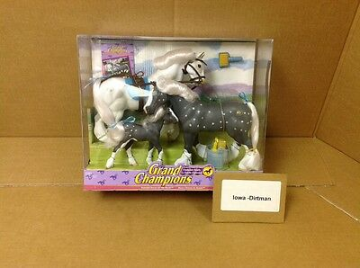 Grand Champions Clydesdale Gray Family 51001 New With Box Empire Toys Horse Set