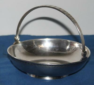 Vintage Silver Plate Footed Basket Bowl with Handle - FREE Postage [PL1456]