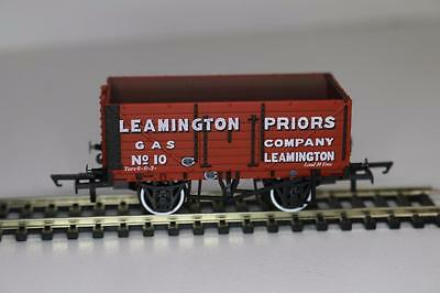 Oxford Rail OO 1:76 Private plank wagon Leamington Priors 7002 FNQHobbys (OR2)