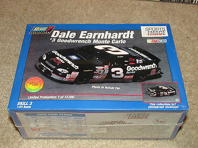 NEW REVELL SNAPTITE Dale Earnhardt 1:32 Model Car Kit #3 GOODWRENCH MONTE CARLO