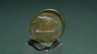 Ancient Glass Medallion Galley Image Roman 200-400 Ad