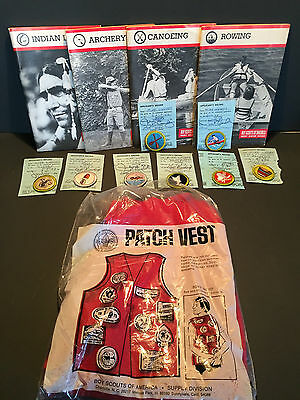 BSA Scout Patch Vest Large New In Package - 8 Merit badges - 4 Scout Books 1980s