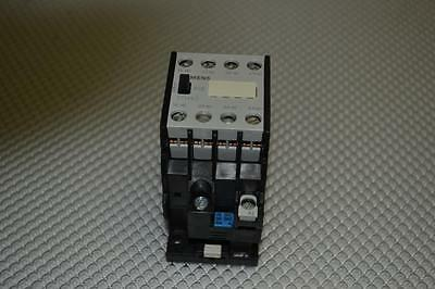 One New Siemens Control Relay 3Th40 40-0Ap6 240Vac Coil