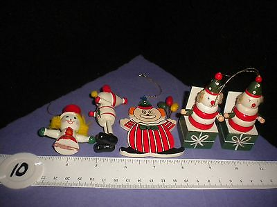 VINTAGE WOODEN CHRISTMAS ORNAMENT LOT(5) CLOWNS CLOWN IN THE BOX SET#10