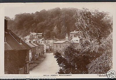 Wales Postcard - Broad Street, Montgomery   DR1