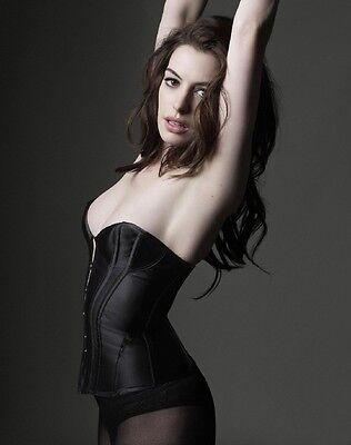 ANNE HATHAWAY Poster A [Various Sizes]