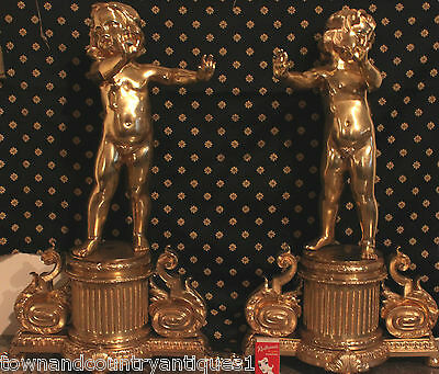 LARGE PAIR OF MID 19th C. FRENCH GILDED BRONZE FIGURES WARMING THEIR HANDS.