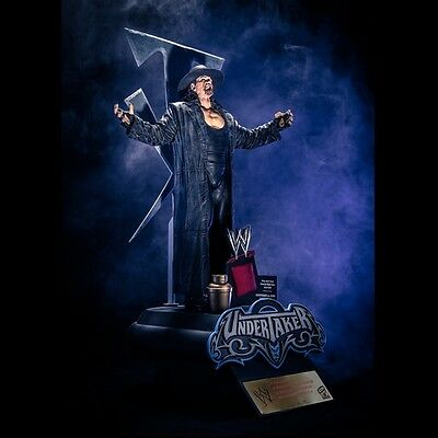 The Undertaker Resin Statue Icon Series Mcfarlane Ultra Rare Exclusive Collector