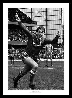 Liverpool 1986 League Champions Kenny Dalglish Photo Memorabilia (453)