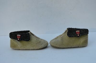 Vintage  Super Cute Little Small Child Shoes In Very Good Condition