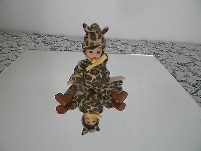 Madame Alexander Halloween Costume Doll 2003 so cute