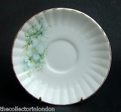 Vintage 1980's Royal Stafford Blossom Time Pattern Tea Cup Saucers Look in VGC