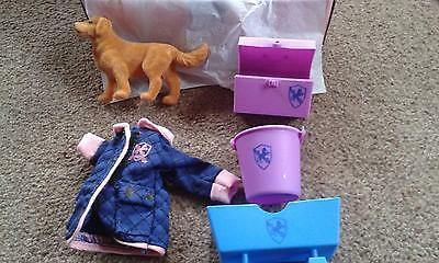 Chad Valley Pony Parade Stable Accessory Set -.NEW BOXED