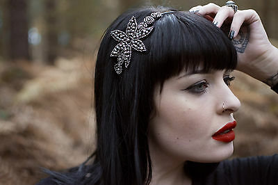 Black Dark Silver Beaded Fascinator Headpiece 1920s Flapper Headband Vintage T70