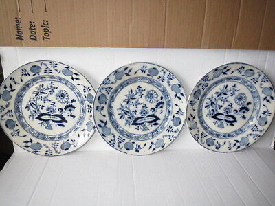 "3 Antique Royal Staffordshire Blue Onion 9"" Dinner Plates, C1913"