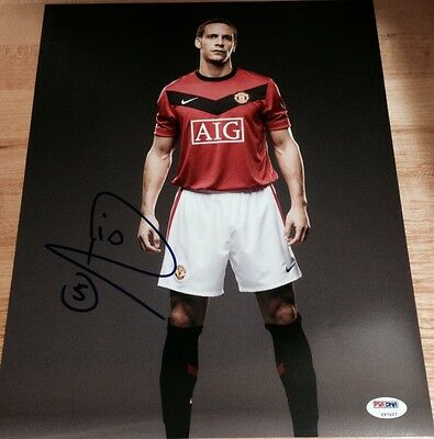 Rio Ferdinand Signed Autograph Manchester United Pose 11X14 Photo Psa/Dna Z97627