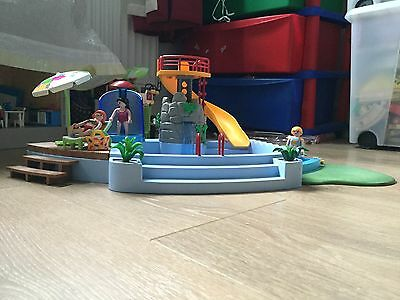 Playmobil Walkers With Water Pump
