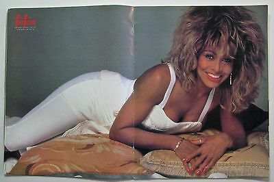 """Tina Turner  """" Break Every Rule Tour"""" book  -  Very nice condition - 32 pages"""