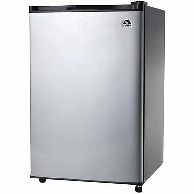 Igloo FR465 4.6-cu-ft Freestanding Compact Refrigerator (Stainless Steel)
