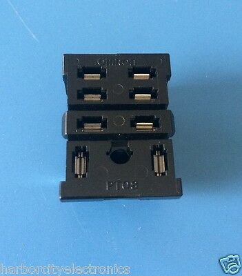 Pt08-0 Omron Relay Socket Pcb Mnt Ly Ser 8 Contacts