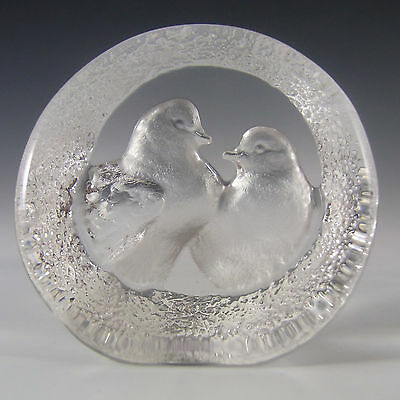 Mats Jonasson Glass Turtle Doves Paperweight #9208 - Signed